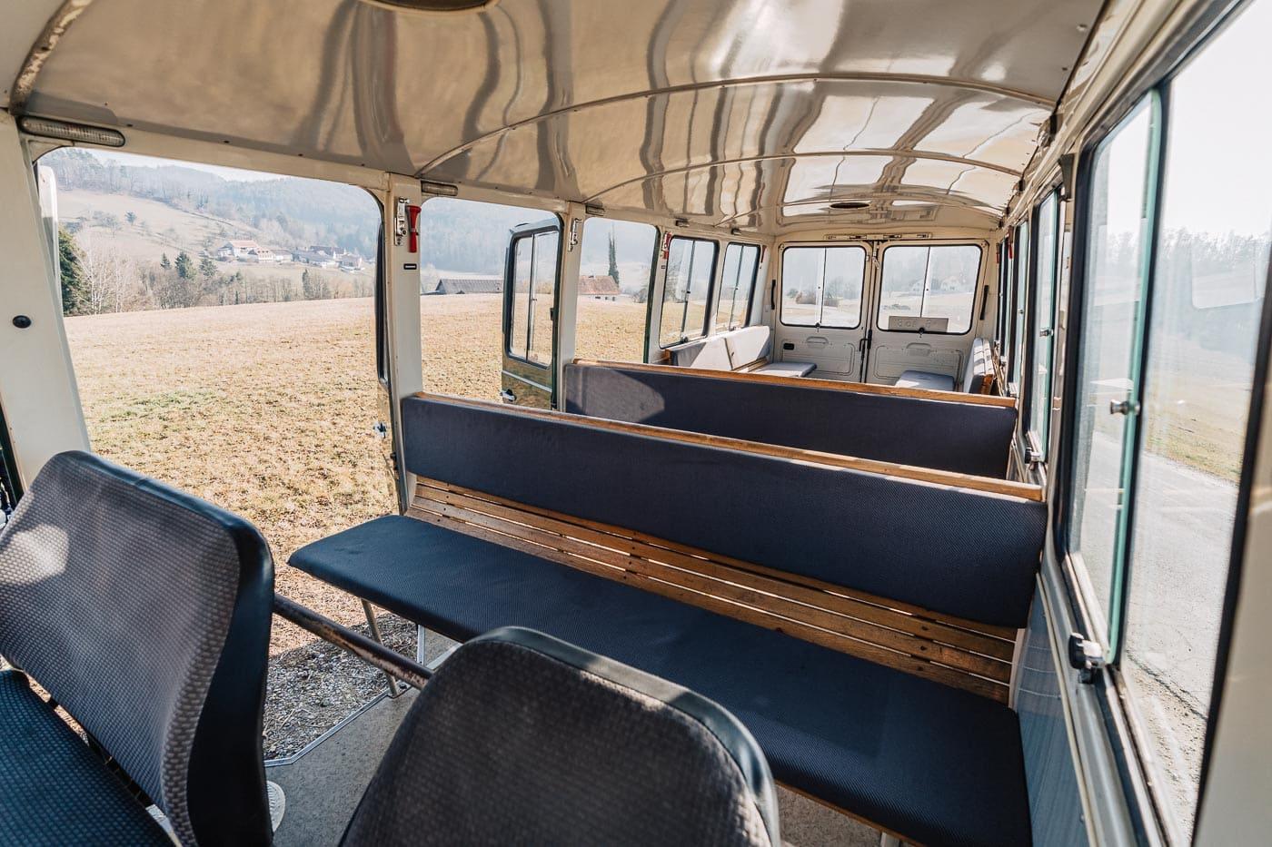 MiMo-Classics-Polizeibus-Innen-10